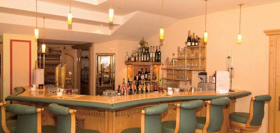 Austria_Ischgl_Hotel_Birgitte_bar.jpg